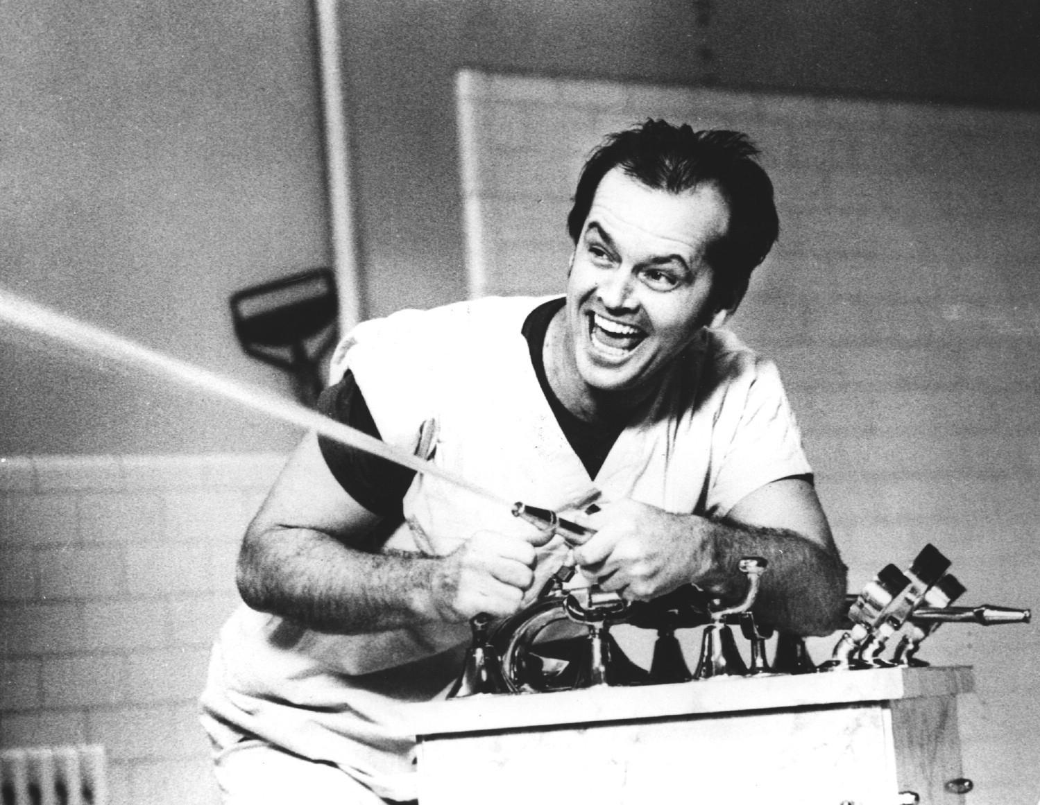 10 лучших ролей Джека Николсона Пролетая над гнездом кукушки (One Flew Over The Cucko's Nest)