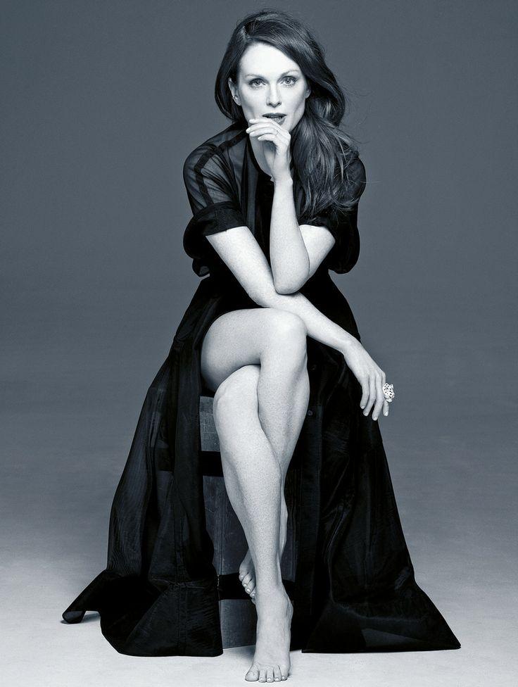 Джулианна Мур красивые фото ноги Julianne Moore photos legs