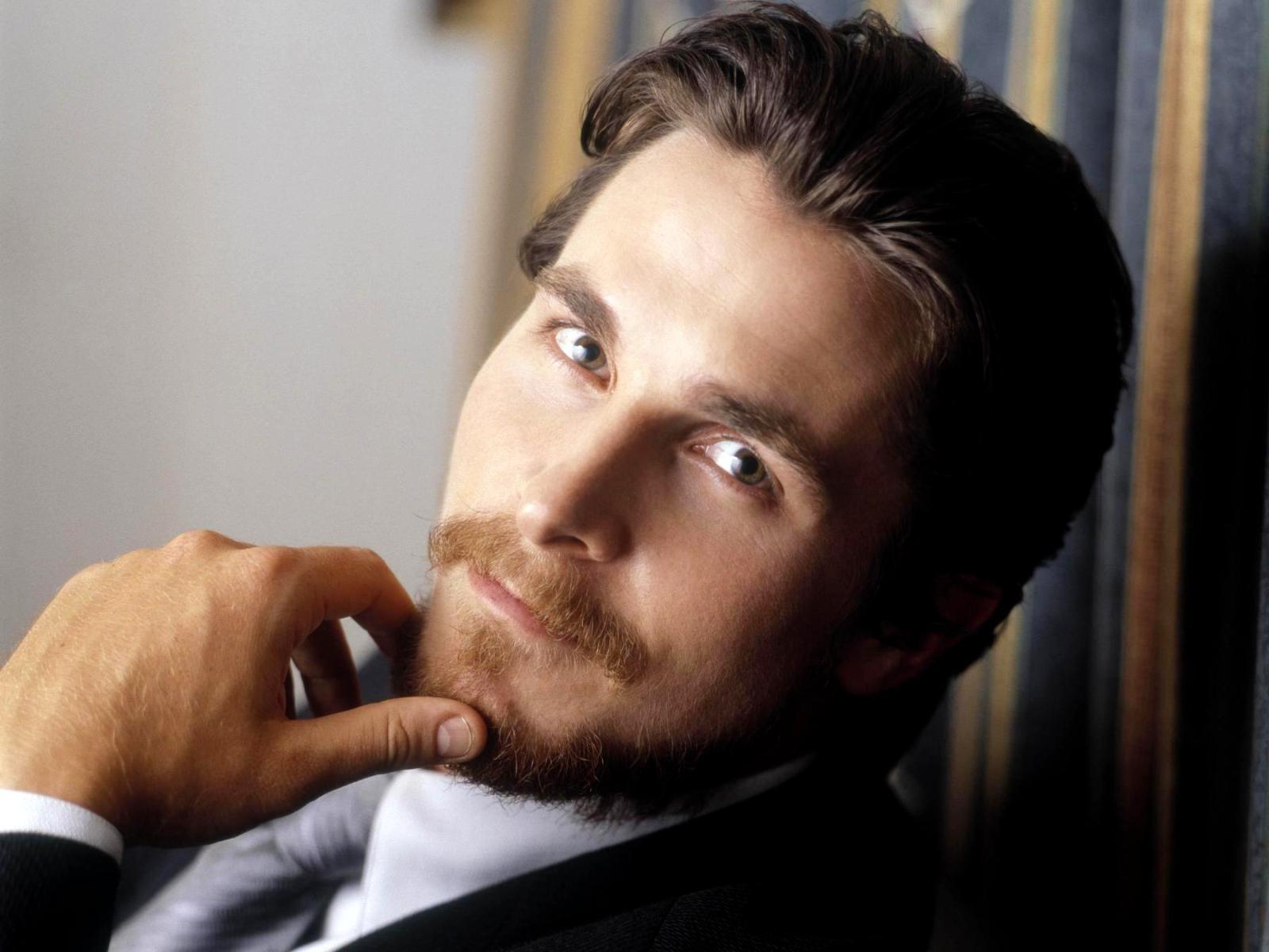 Кристиан Бэйл Christian Bale kinowar.com