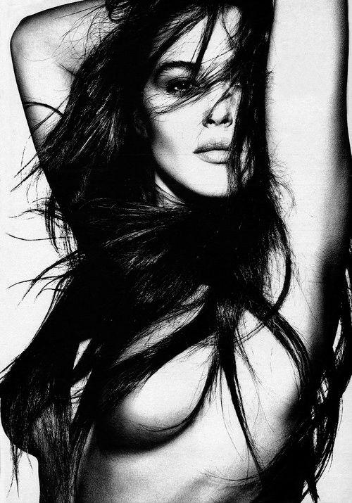 Моника Белуччи фото грудь Monica Belucci photo breast