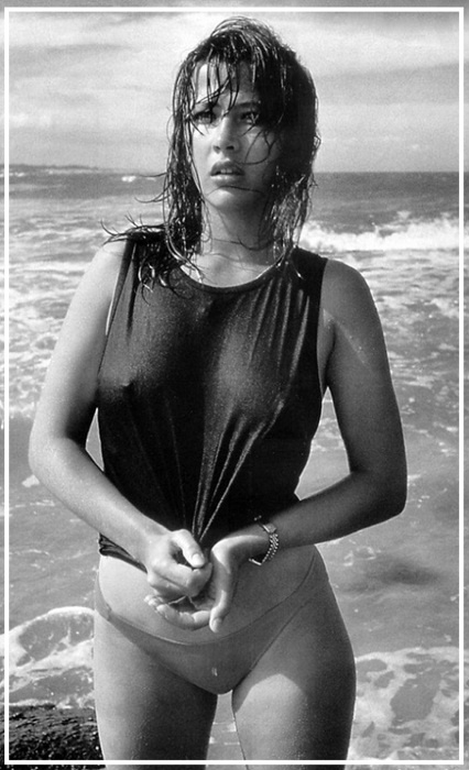 Софи Марсо фото грудь мокрая майка Sophie Marceau photo see-through wet