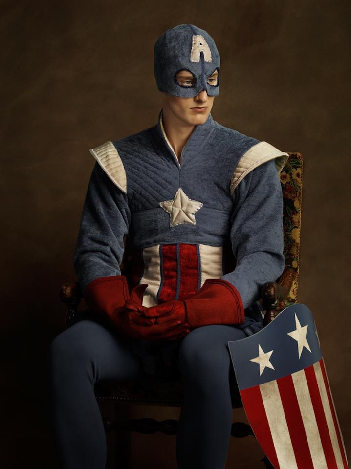 Супергерои в костюмах эпохи ренессанс Капитан Америка