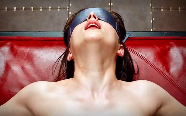 Трейлер Пятьдесят оттенков серого (Fifty Shades of Grey) kinowar.com