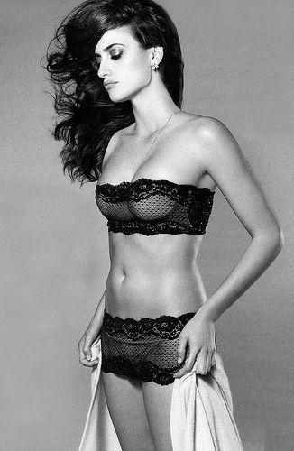 penelope cruz photo underwear Пенелопа Крус фото белье