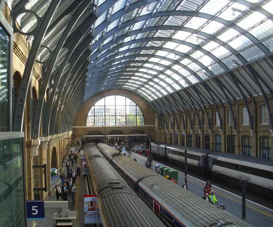 Где снимали Гарри Поттера Вокзал Кингс-Кросс вид сверху