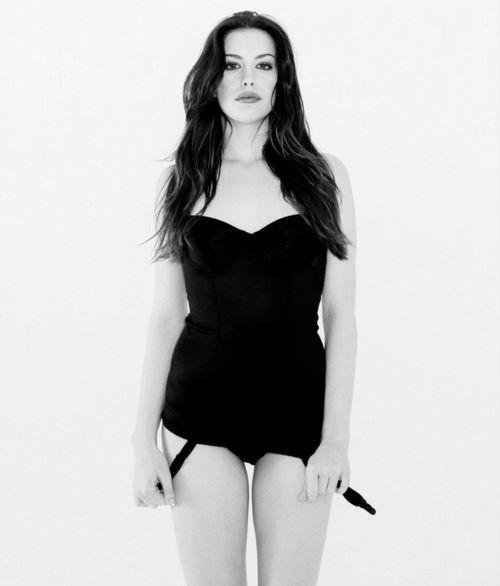 Лив Тайлер фото белье Liv Tyler lingerie