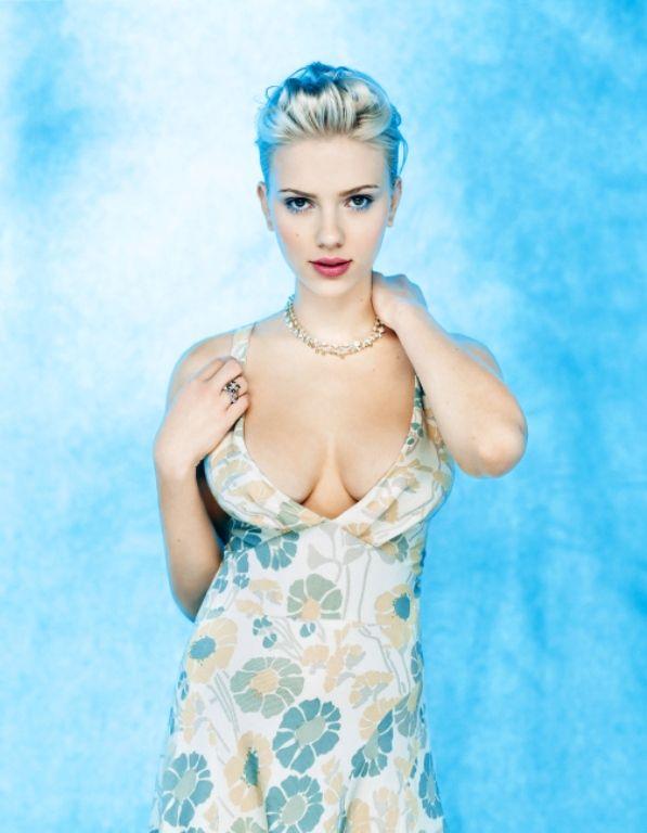 Скарлетт Йоханссон фото груди Scarlett Johansson photo big boobs