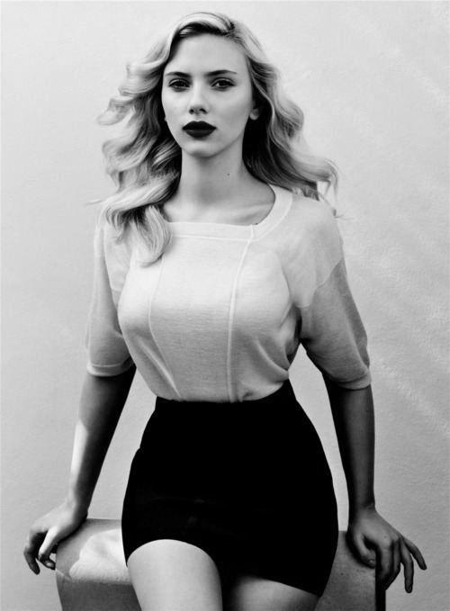 Скарлетт Йоханссон фото юбка  Scarlett Johansson photo skirt