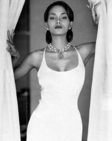 Хэлли Берри фото платье Halle Berry photo dress