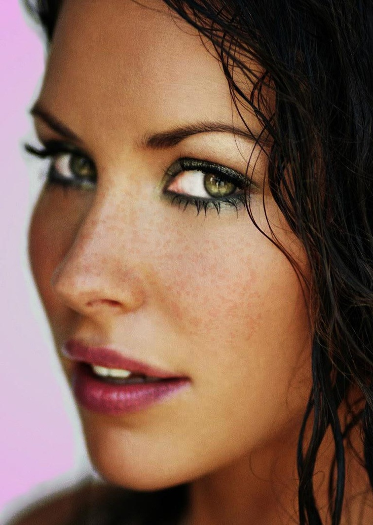 Эванджелин Лилли фото лицо  Evangeline Lilly photo face