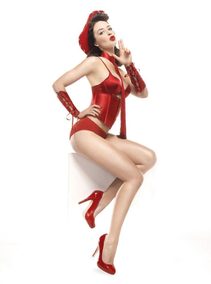 Эмили Блант фото белье пин-ап Emily Blunt photo lingerie pin-up