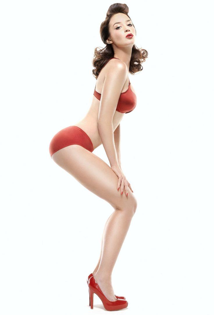 Эмили Блант фото белье Emily Blunt photo underwear