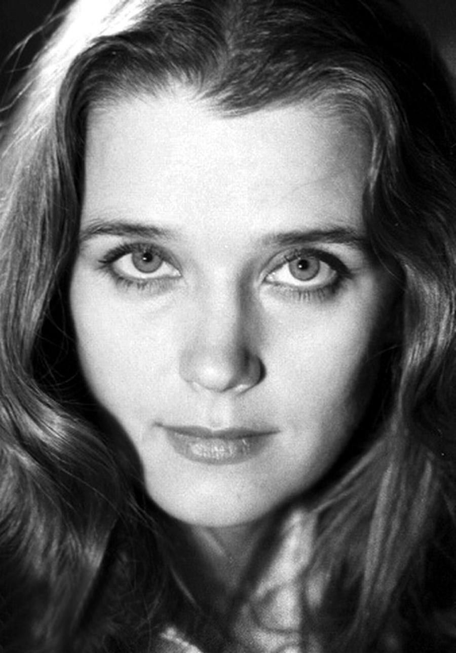 Ирина Алферова фото в молодости