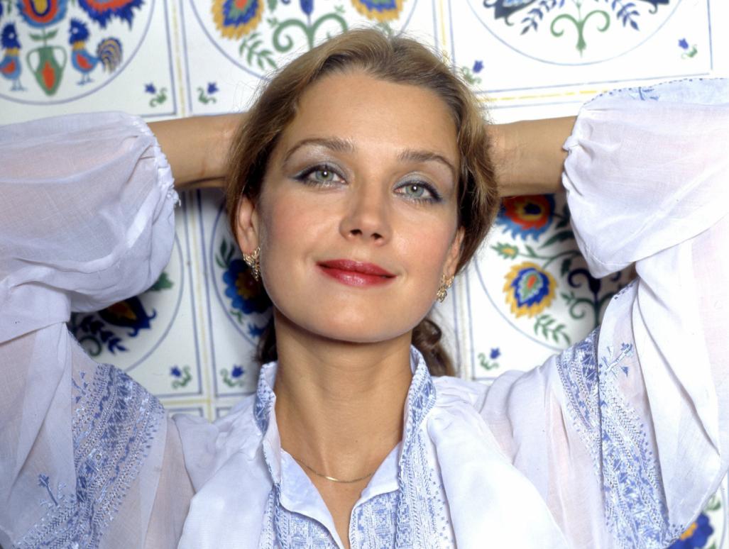 Ирина Алферова фото губы