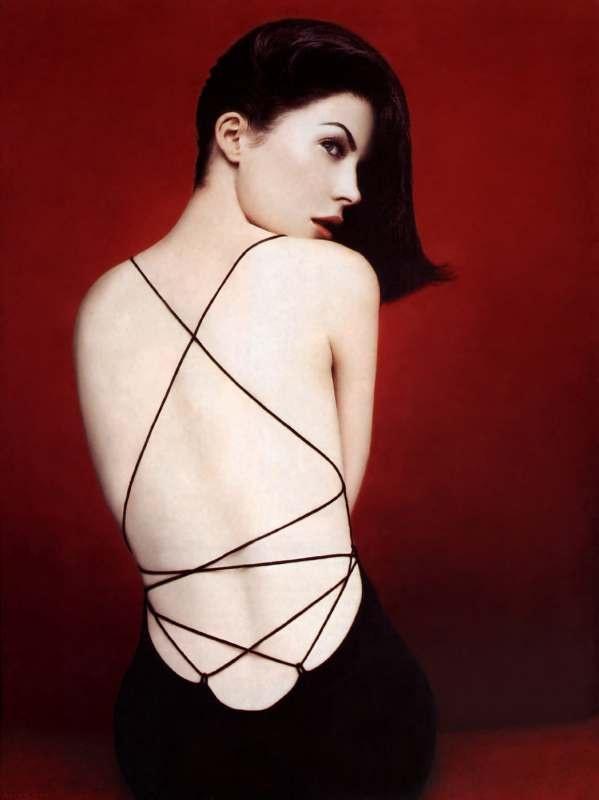 Лара Флинн Бойл фото платье спина Lara Flynn Boyle photo dress