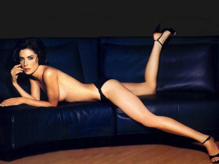 Лара Флинн Бойл фото топлесс ноги Lara Flynn Boyle photo legs topless