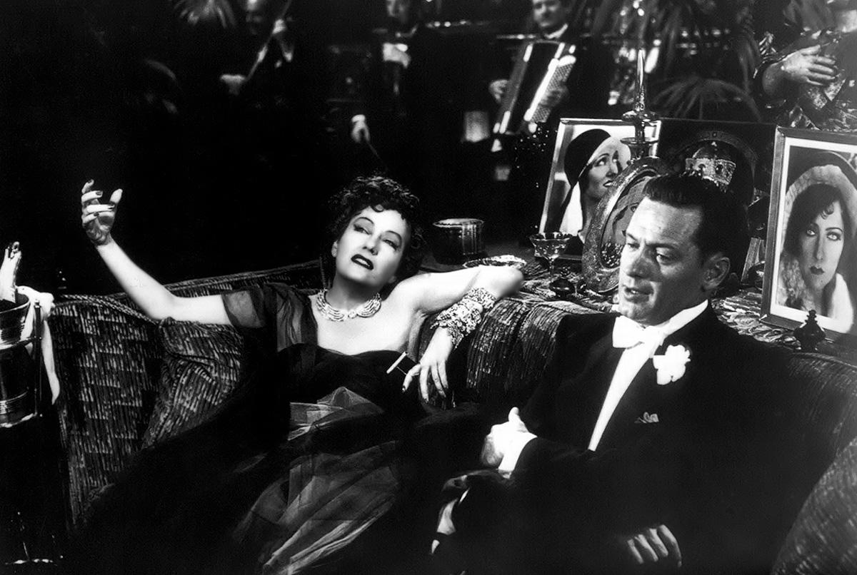 Top 250 фильмов IMDb Бульвар Сансет (Sunset Blvd.) (1950)