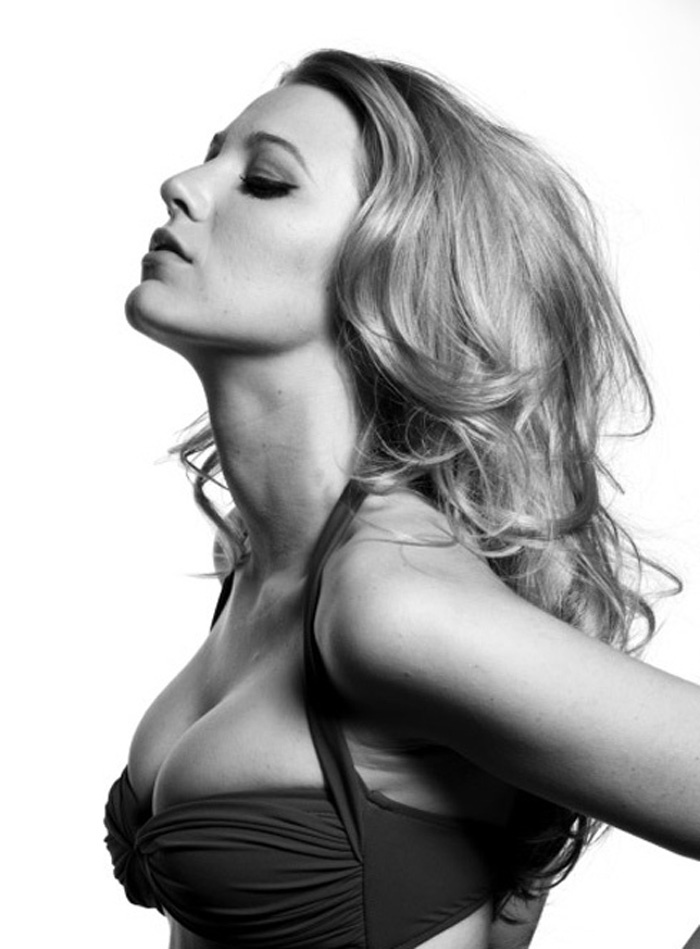 Блейк Лайвли фото грудь Blake Lively photo breast