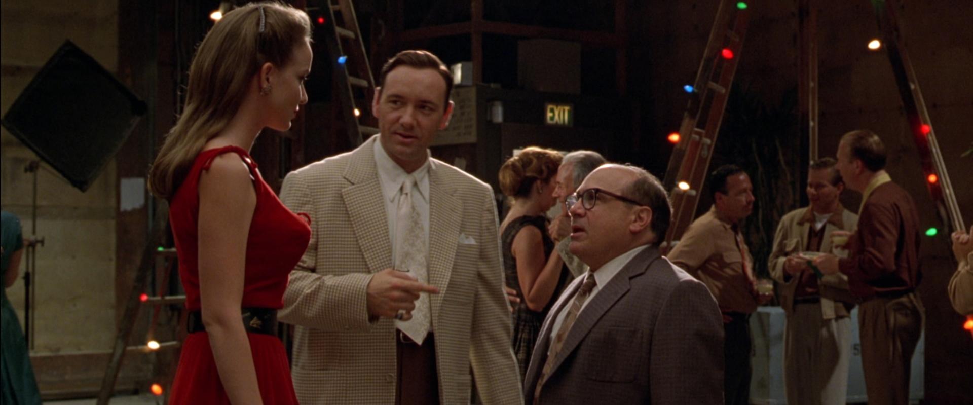 Top 250 фильмов IMDb Секреты Лос-Анджелеса (L.A. Confidential) (1997)
