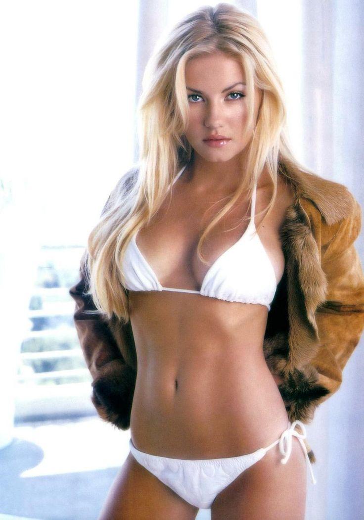 Элиша Катберт фото белое бикини Elisha Cutbert photo white bikini