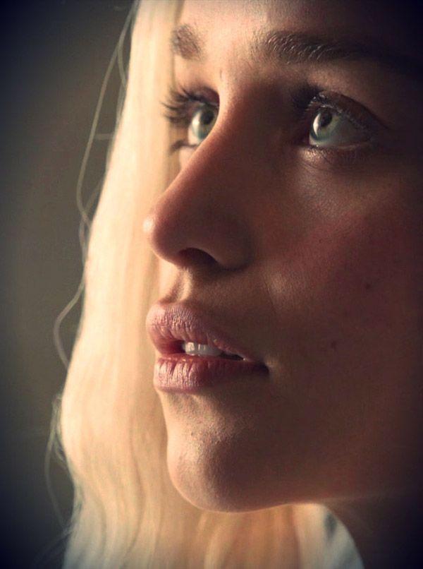 Эмилия Кларк фото губы  Emilia Clarke photo lips