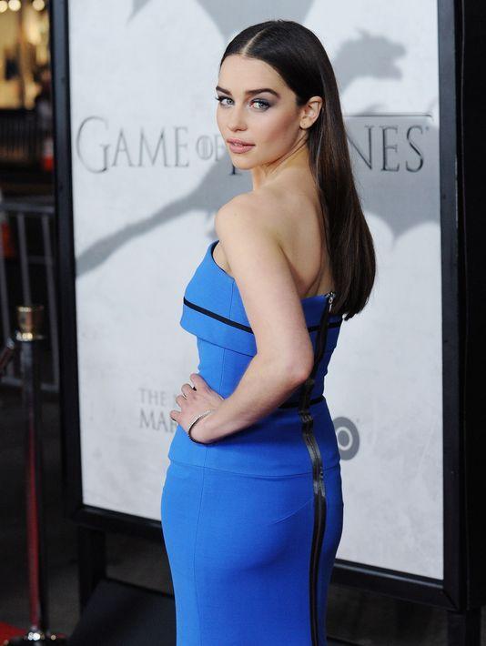 Эмилия Кларк фото платье  Emilia Clarke photo dress