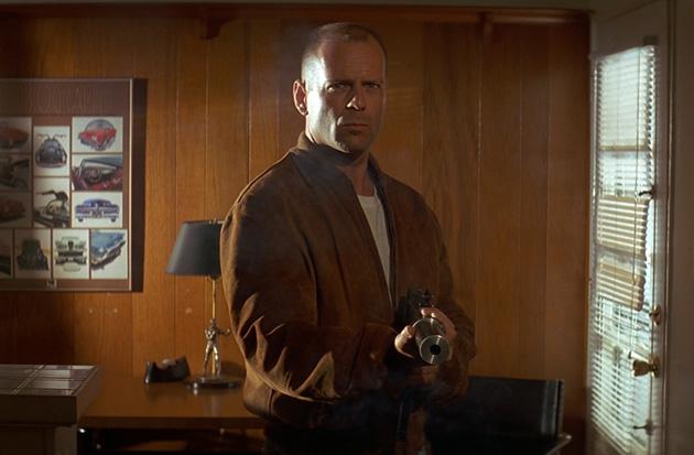 10 лучших ролей Брюса Уиллиса 1994 Криминальное чтиво (Pulp Fiction)