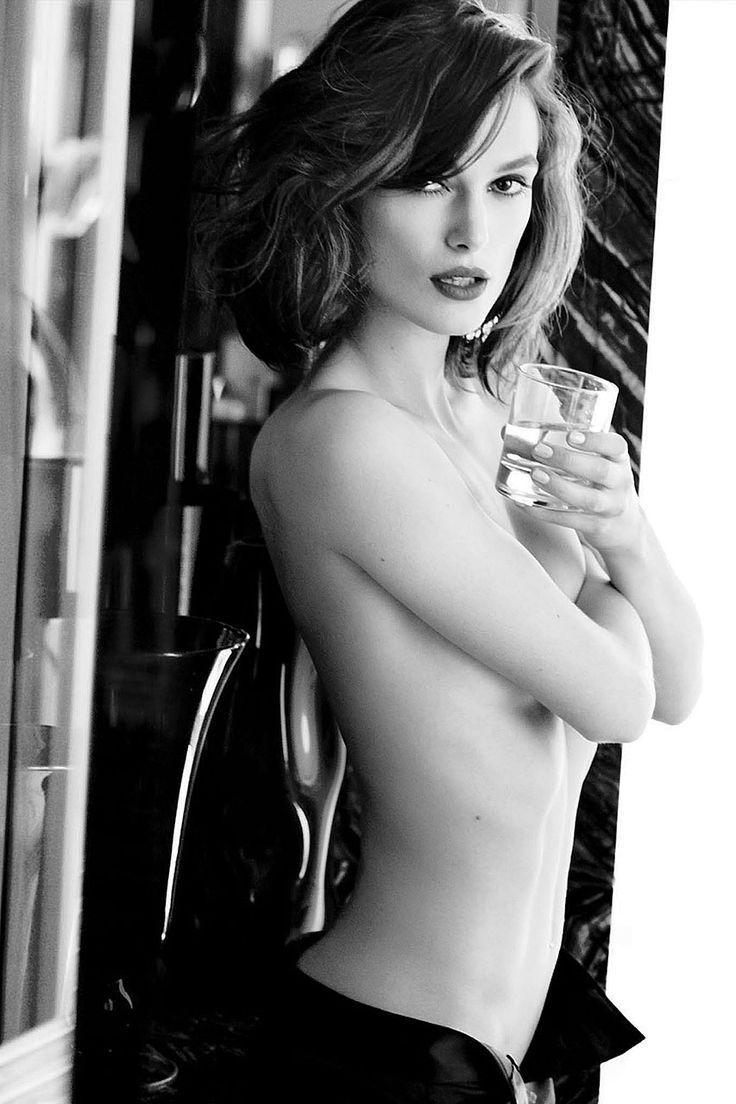 Кира Найтли фото топлесс Keira Knightley photo topless