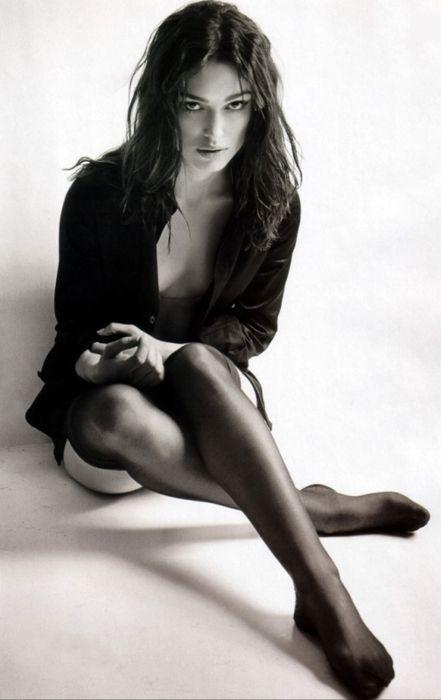 Кира Найтли фото чулки Keira Knightley photo stockings