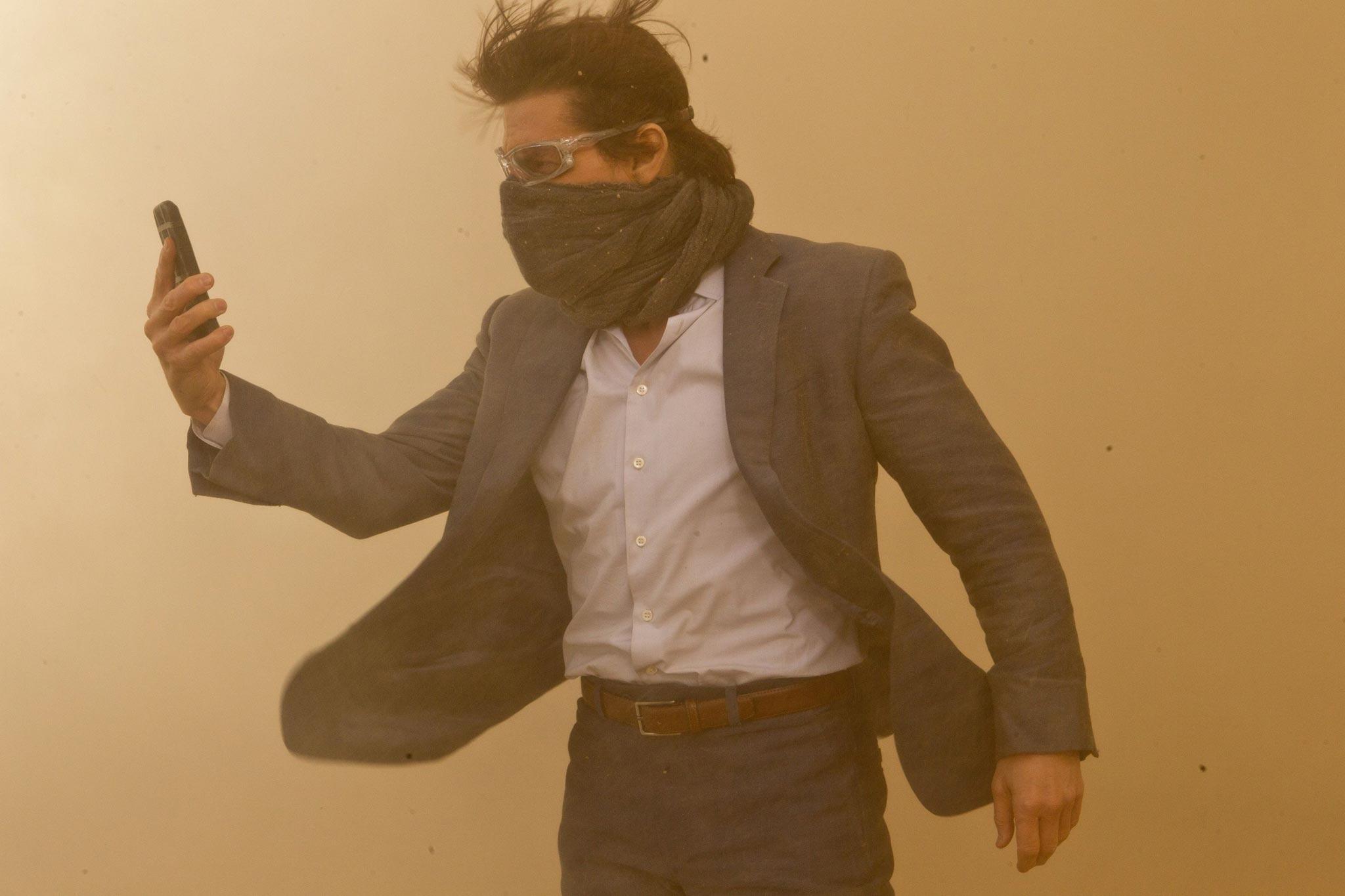 Миссия невыполнима Протокол Фантом (Mission Impossible - Ghost Protocol) как менялся Том Круза