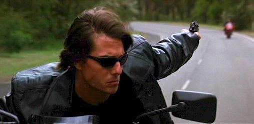 Миссия невыполнима (Mission Impossible) 2000 год постер Том Круз мотоцикл