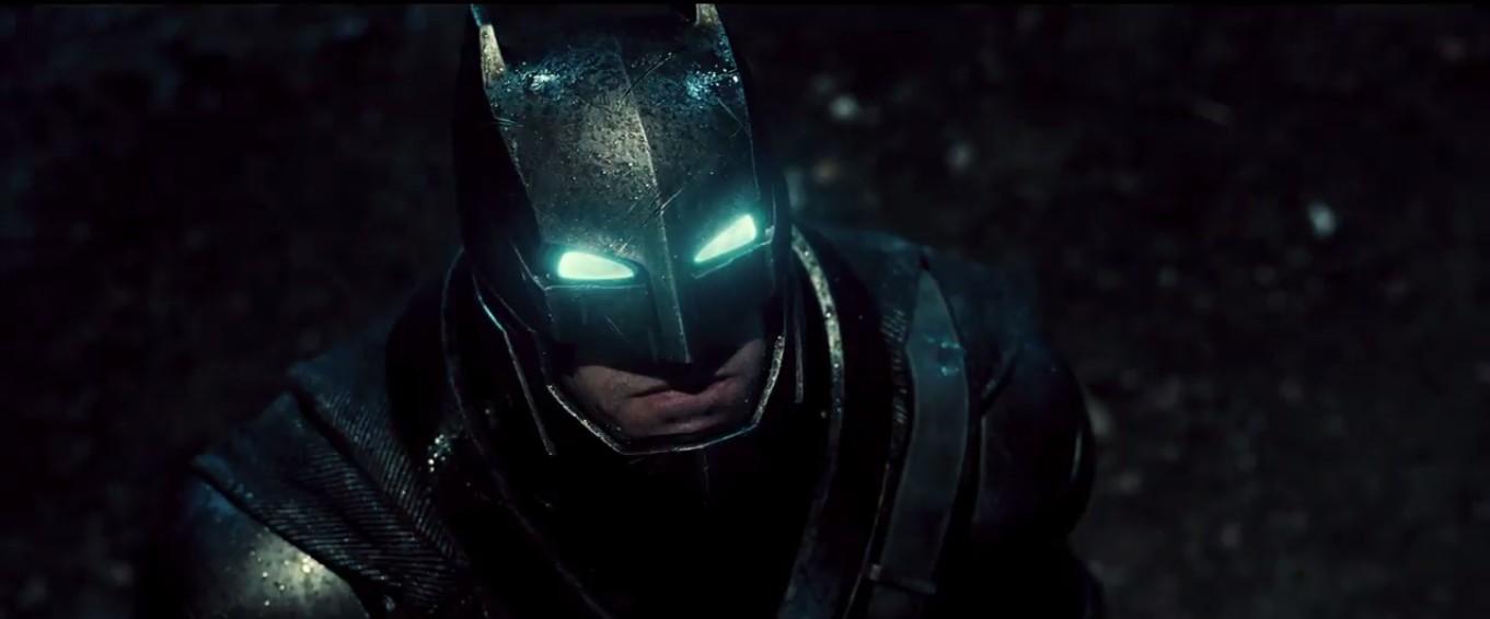 """Вышел официальный тизер фильма """"Бэтмен против Супермена: На заре справедливости"""""""