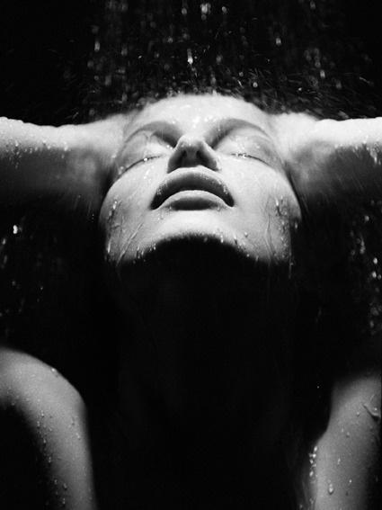 Летиция Каста фото мокрая Laetitia Casta photo wet