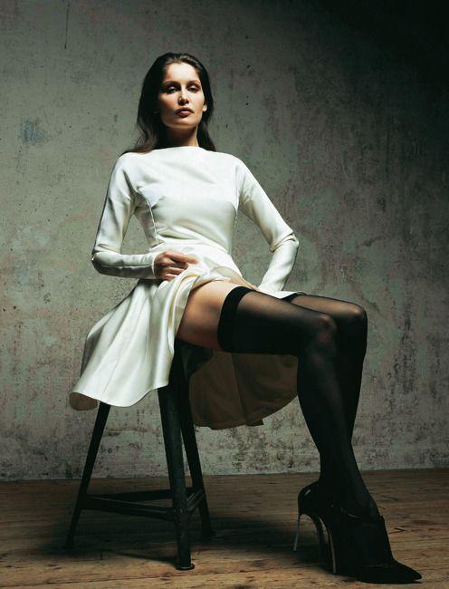Летиция Каста фото ноги чулки Laetitia Casta photo legs stockings