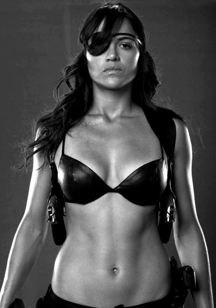 Мишель Родригес Мачете фото Michelle Rodriguez Machete photo