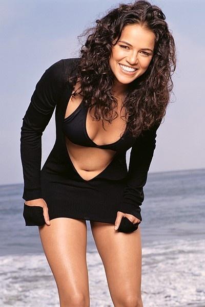 Мишель Родригес бикини фото Michelle Rodriguez bikini photo