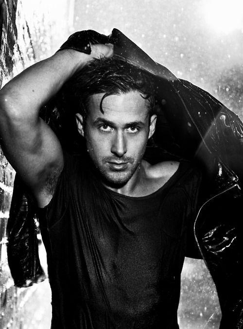 Райан Гослинг фото под дождем Ryan Gosling photo in the rain