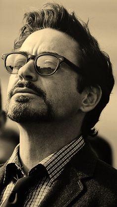 Роберт Дауни-младший фото очки Robert Downey Jr. photo glasses