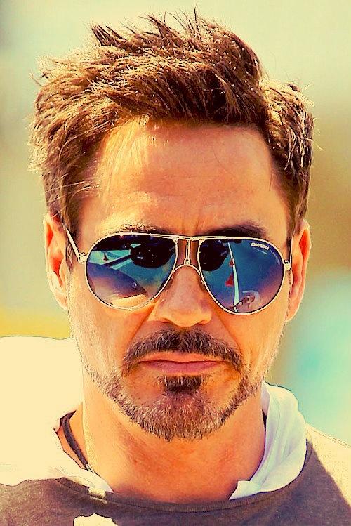 Роберт Дауни-младший фото темные очки Robert Downey Jr. photo glasses