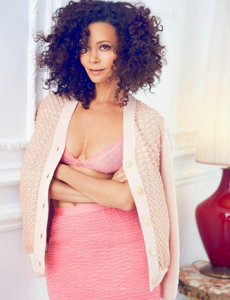 Тэнди Ньютон фото грудь Thandie Newton photo breast hair
