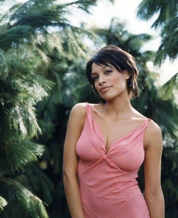 розарио доусон фото грудь платье  ROSARIO DAWSON photo breast dress