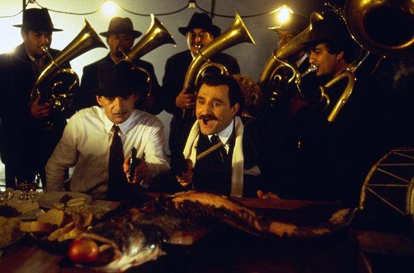 Top 250 фильмов IMDb Андеграунд (Underground) (1995)
