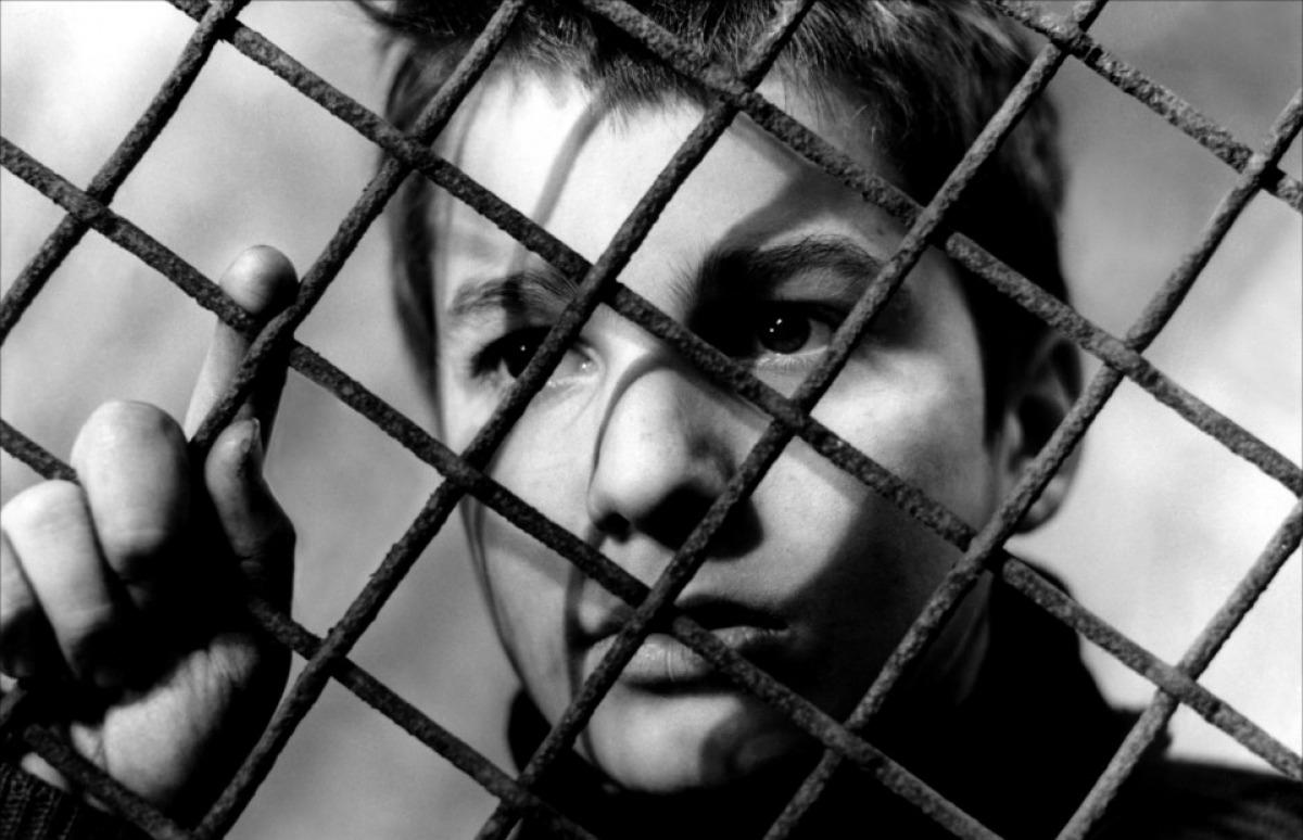 Top 250 фильмов IMDb Чeтыреста ударов (Les quatre cents coups) (1959)