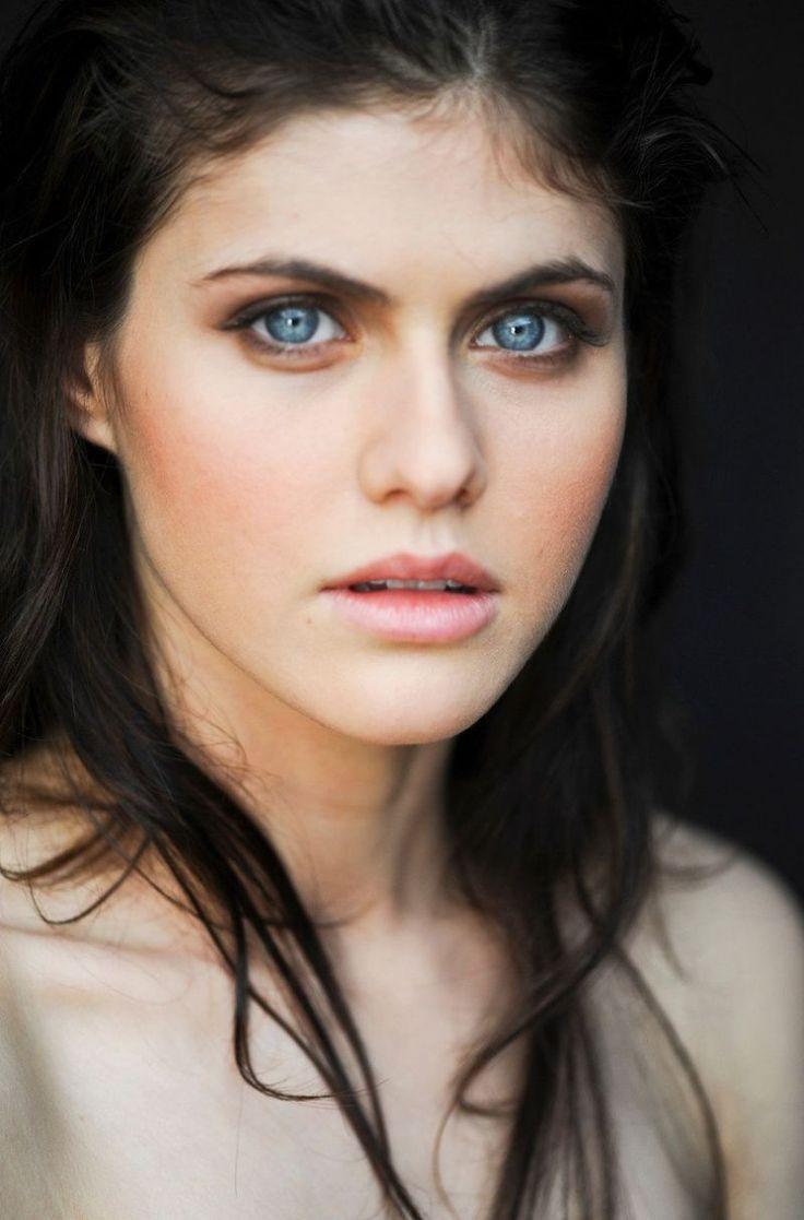 Александра Даддарио фото глаза  Alexandra Daddario photo eyes