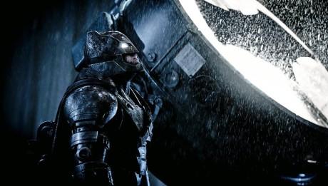 На заре справедливости кадры Бэтмен