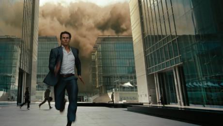 Том Круз бежит