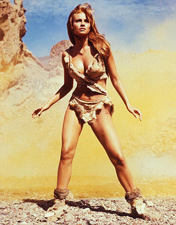 20 самых памятных бикини в кино