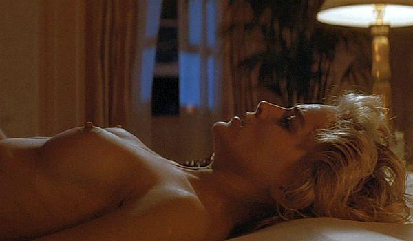 Самые обсуждаемые обнаженные сцены в кино Шэрон Стоун Основной инстинкт