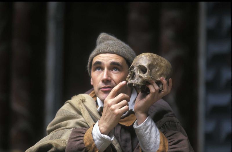 10 известных актеров, игравших Гамлета Марк Райлэнс