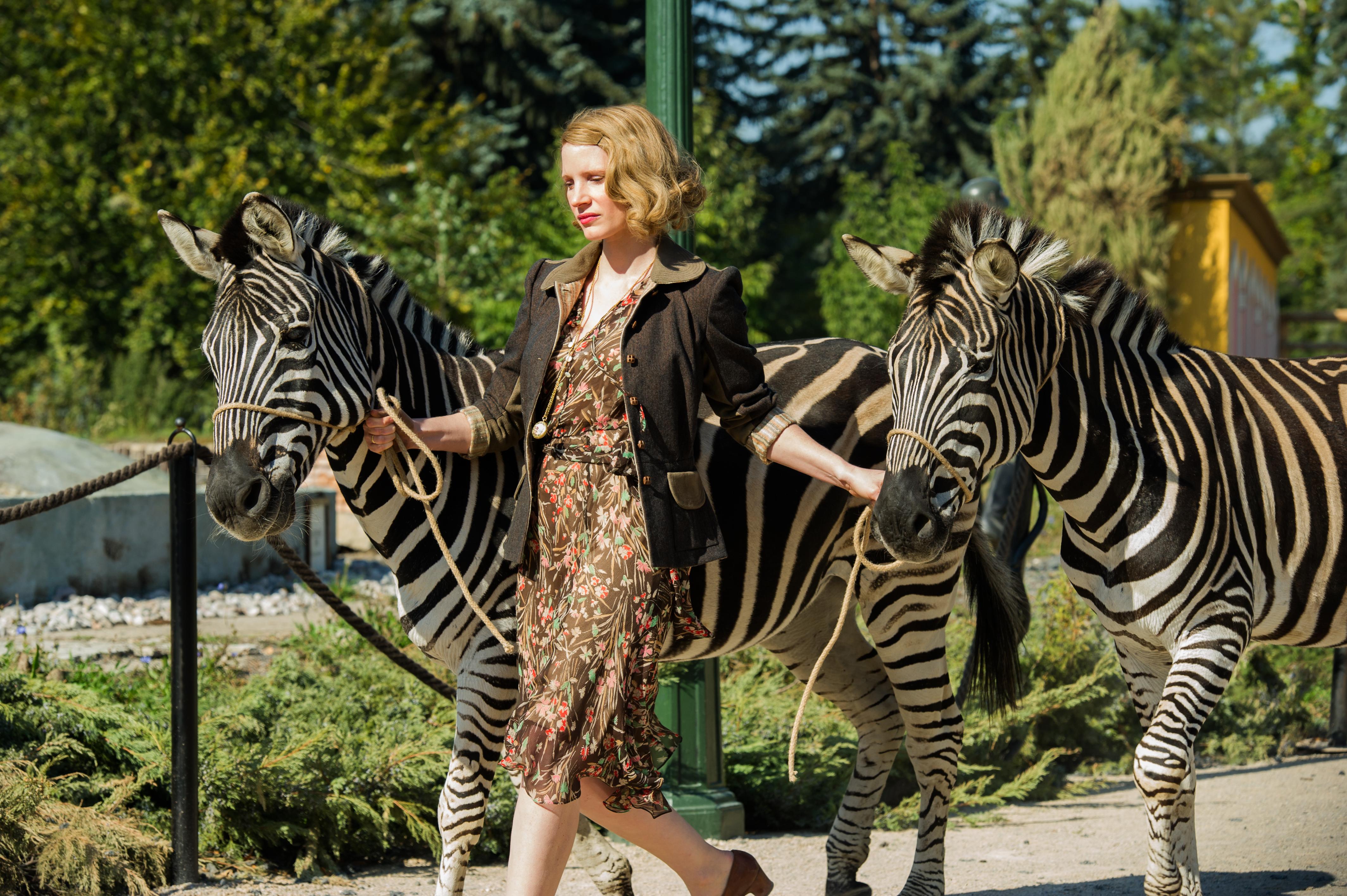 жена смотрителя зоопарка кадр 2